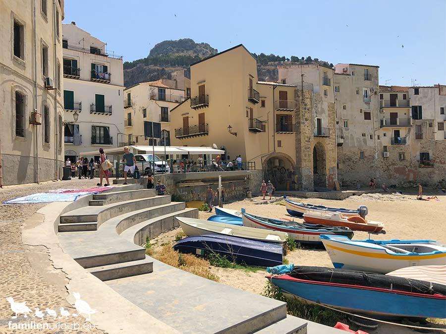Sizilien Cefalu Hafen