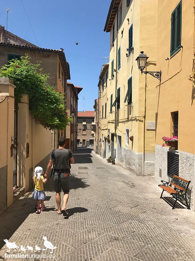 Dorf Toskana